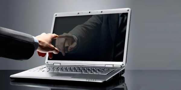 Как почистить экран монитора компьютера и ноутбука в домашних условиях