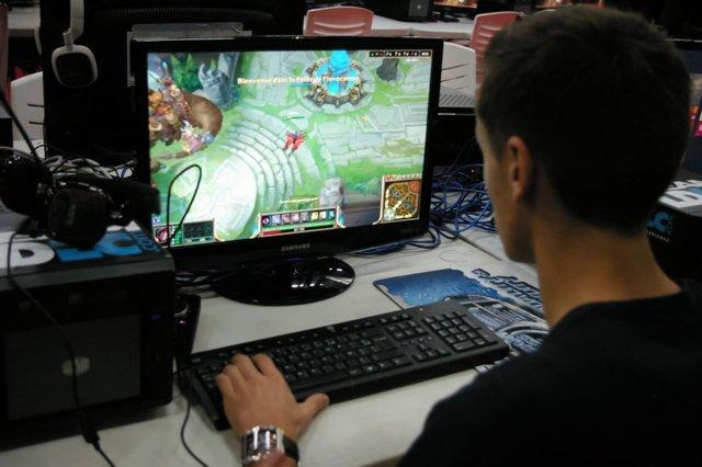 Какую игровую видеокарту для компьютера выбрать