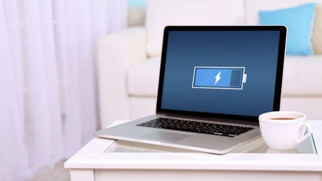 Что делать, если ноутбук не работает без батареи от сети