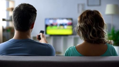 Как смотреть iptv на телевизоре